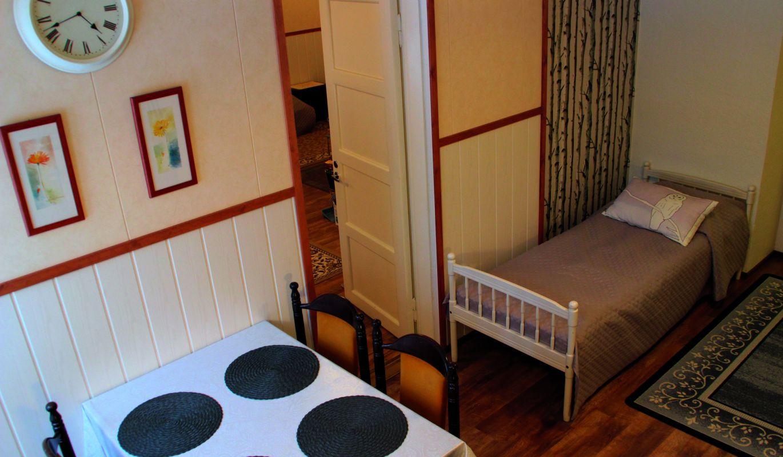 Kaplas-huoneiston keittiö